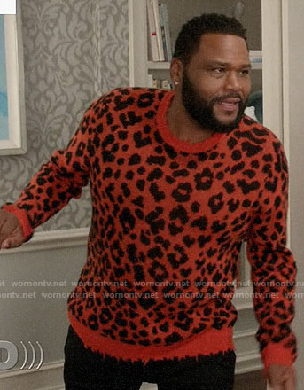Andre's orange leopard sweater on Black-ish