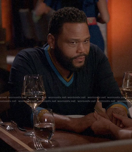 Andre's blue striped trim v-neck sweater on Black-ish
