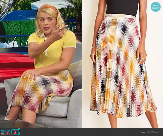 Plaid Pleated Skirt by Ann Taylor worn by Busy Philipps on Access Hollywood