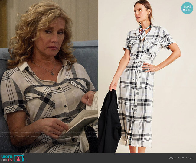 Anthropologie Cloth & Stone Hannah Midi Shirtdress worn by Vanessa Baxter (Nancy Travis) on Last Man Standing