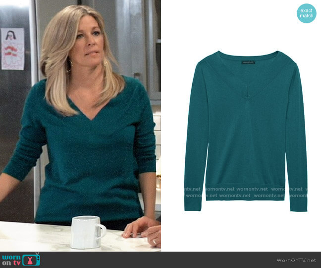 Banana Republic silk cashmere sweater worn by Carly Corinthos (Laura Wright) on General Hospital