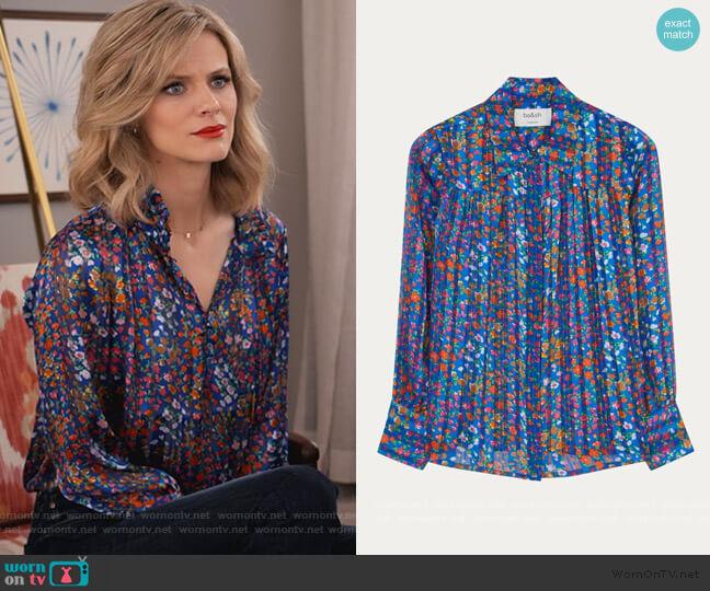 Rive Shirt by Ba&sh worn by Mallory (Brooklyn Decker) on Grace & Frankie