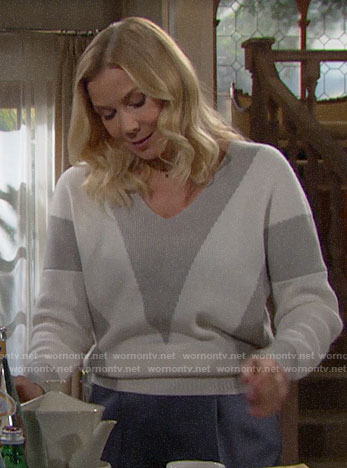 Brooke's grey and white colorblock sweater on The Bold and the Beautiful