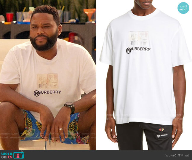 Burberry Adson Logo Crewneck T-Shirt worn by Andre Johnson (Anthony Anderson) on Blackish