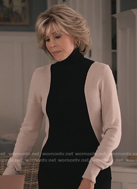 Grace's colorblock turtleneck sweater on Grace and Frankie