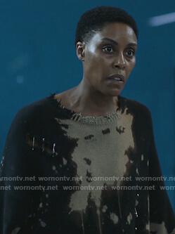Lynn's distressed dye sweater on Black Lightning