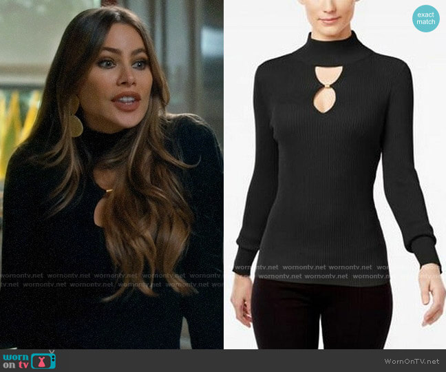 INC International Concepts Keyhole Sweater worn by  Gloria Pritchett (Sofia Vergara) on Modern Family