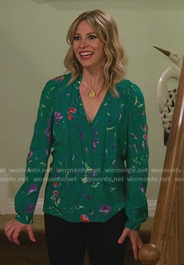 Jennifer's green floral print tie blouse on Alexa & Katie