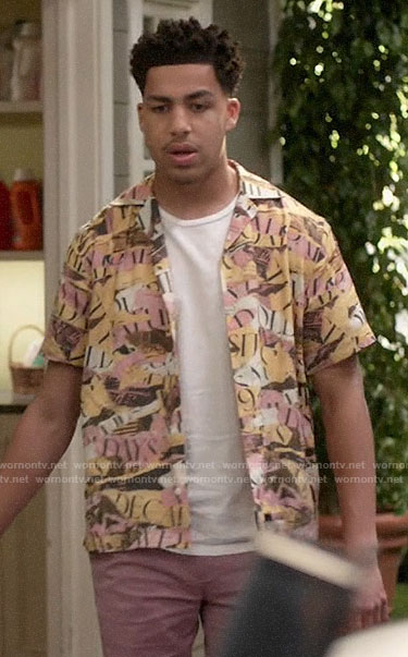 Junior's ripped paper print shirt on Black-ish