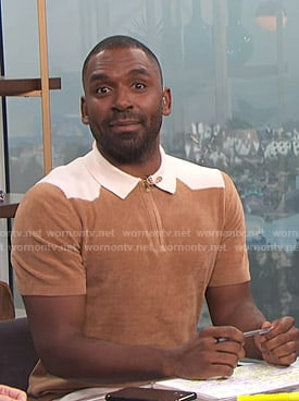Justin's brown and white short sleeve sweater on E! News Daily Pop