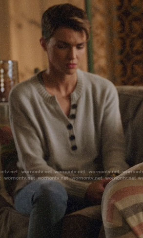 Kate's grey henley sweater on Legends of Tomorrow