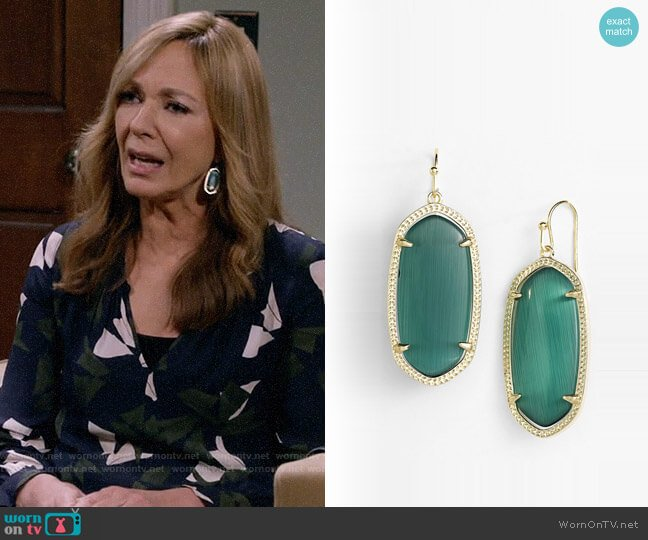 Kendra Scott Elle Earrings in Emerald worn by Bonnie Plunkett (Allison Janney) on Mom