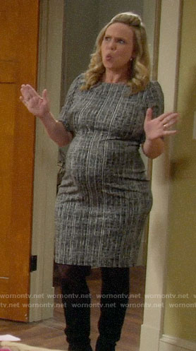 Kristin's crosshatch print maternity dress on Last Man Standing