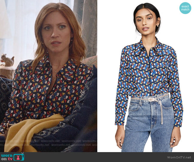 La Double J Rodeo Shirt in Pinwheel worn by Julia Bechley (Brittany Snow) on Almost Family