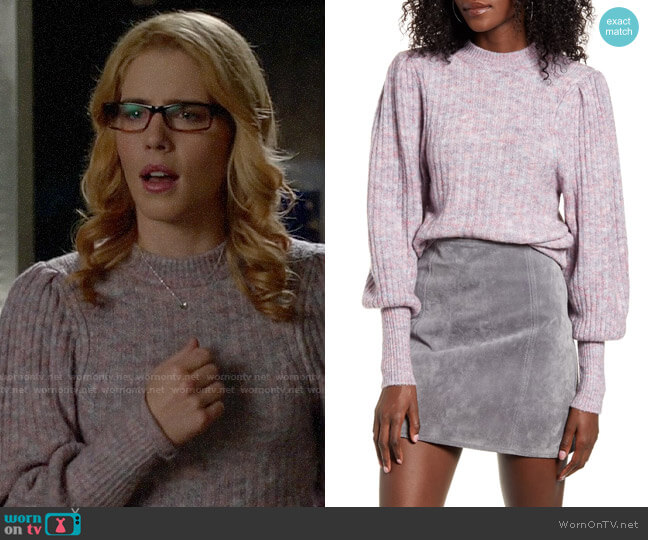 Leith Juliet Sleeve Sweater worn by Felicity Smoak (Emily Bett Rickards) on Arrow