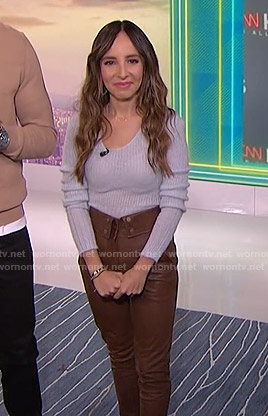 Lilliana's lilac sweater and brown leather pants on E! News