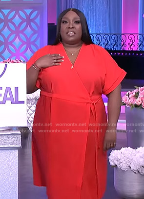 Loni's red short sleeve wrap dress on The Real