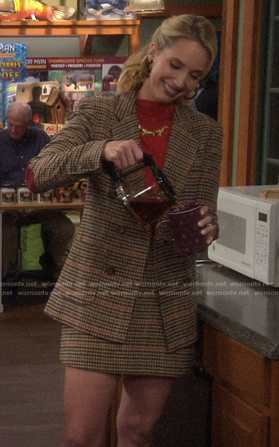 Mandy's checked blazer and skirt set on Last Man Standing