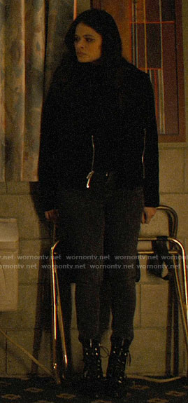 Mel's black textured jacket on Charmed