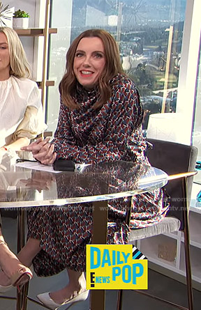Melanie's geometric print blouse and skirt on E! News Daily Pop