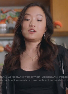 Janet's triangle earrings on Kims Convenience