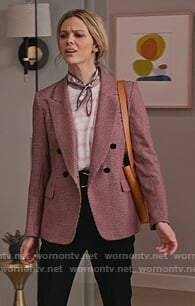 Mallory's houndstooth blazer and pink striped tee on Grace and Frankie