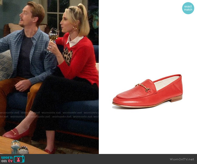 Sam Edelman Loraine Loafers worn by Mandy Baxter (Molly McCook) on Last Man Standing