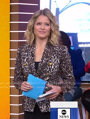 Sara's leopard print blazer on Good Morning America