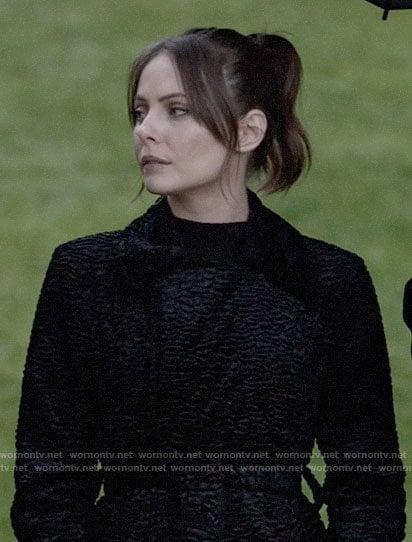 Thea's black textured coat on Arrow