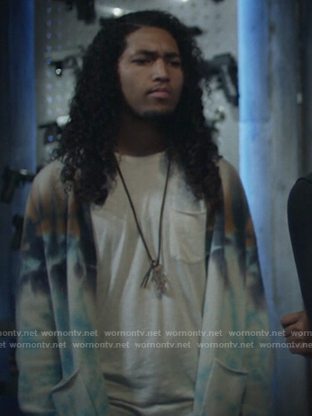 Brandon's tie dye cardigan on Black Lightning