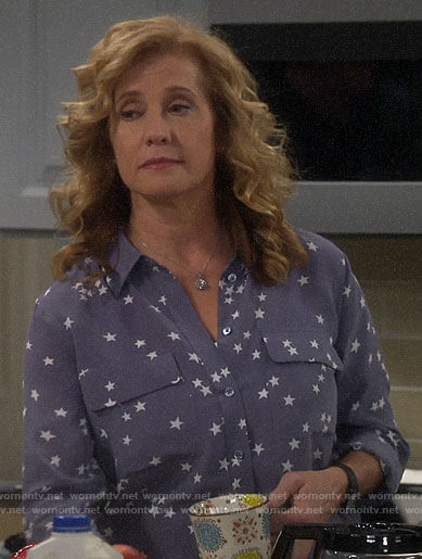 Vanessa's blue star print blouse on Last Man Standing