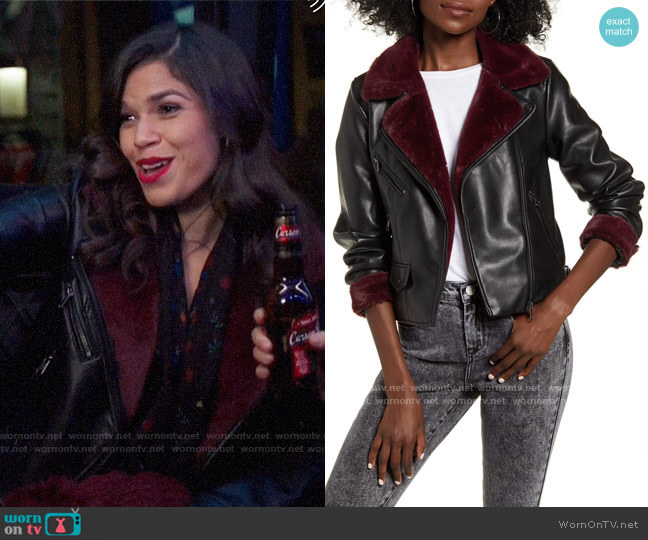 Vero Moda Falleaonie Faux Leather Moto Jacket with Faux Fur Trim worn by Amy (America Ferrera) on Superstore