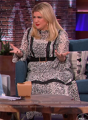Kelly's white leopard lace inset maxi dress on The Kelly Clarkson Show