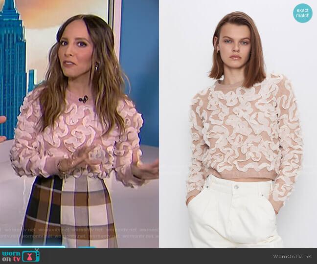 Sweater with Contrasting Trim by Zara worn by Lilliana Vazquez  on E! News
