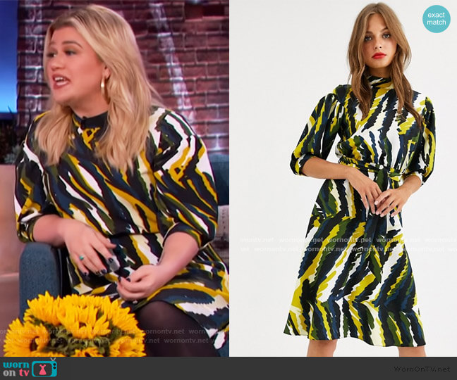 HIgh Neck Skater Dress in Abstract Print by Closet London worn by Kelly Clarkson  on The Kelly Clarkson Show