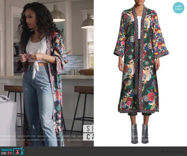 Lynn Side-Slit Long Kimono by Alice + Olivia worn by Olivia Baker (Samantha Logan) on All American