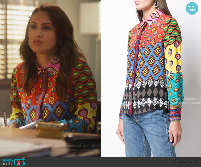 Willa Blouse by Alice + Olivia worn by Ana Torres (Francia Raisa) on Grown-ish