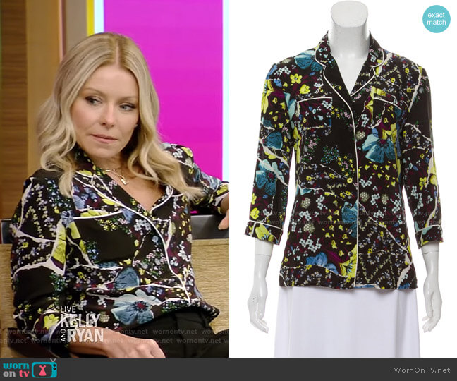 Floral Shirt by Erdem worn by Kelly Ripa  on Live with Kelly & Ryan