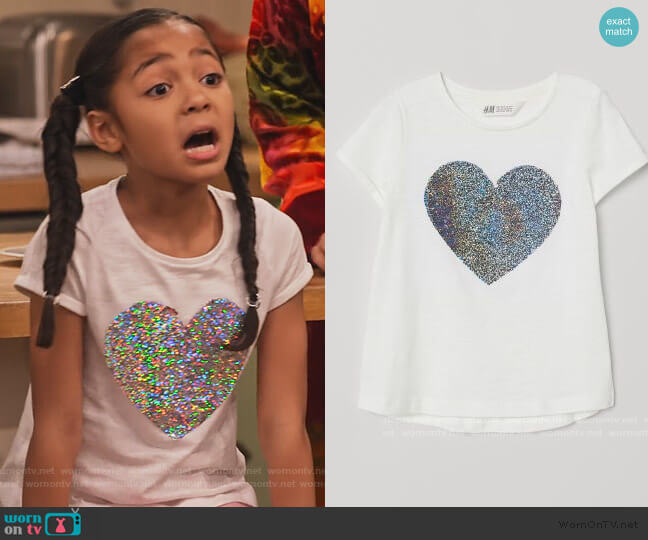 Jersey Top with Sequins by H&M worn by Ami (Jordyn Raya James) on Family Reunion