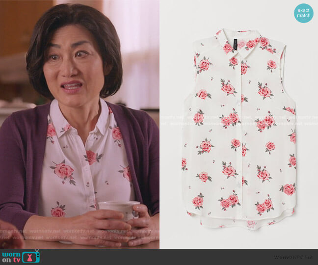Sleeveless Blouse by H&M worn by Mrs Kim (Jean Yoon) on Kims Convenience