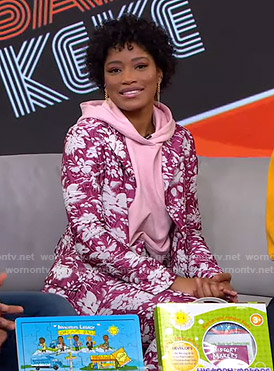 Keke's pink floral suit on GMA Strahan Sara And Keke