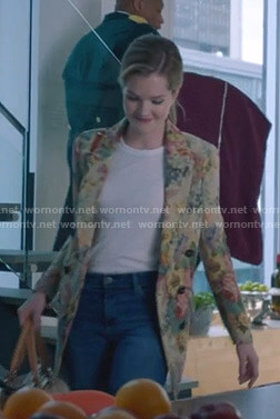Sutton's floral tapestry blazer on The Bold Type