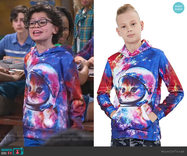 3D Prints Sweatshirts Pullover with Pocket by Unicomidea at Amazon worn by Matteo Silva (Raphael Alejandro) on Bunkd