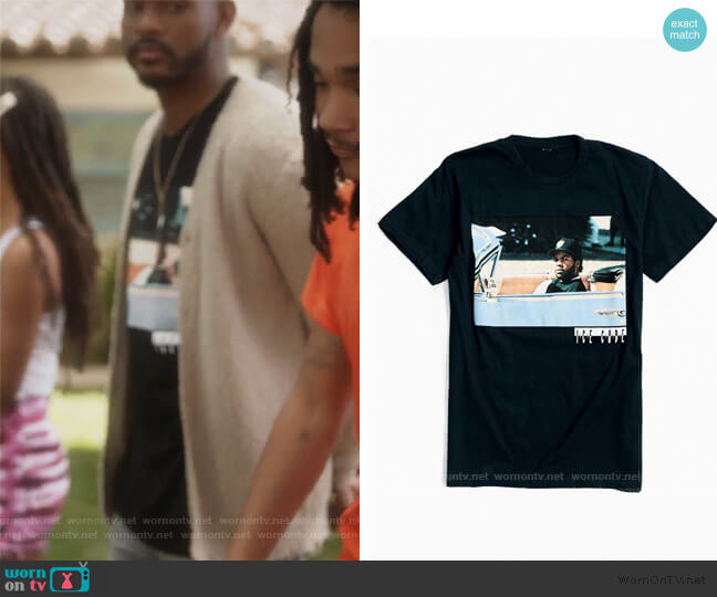 Ice Cube Impala Tee by Urban Outfitters worn by Aaron Jackson (Trevor Jackson) on Grown-ish