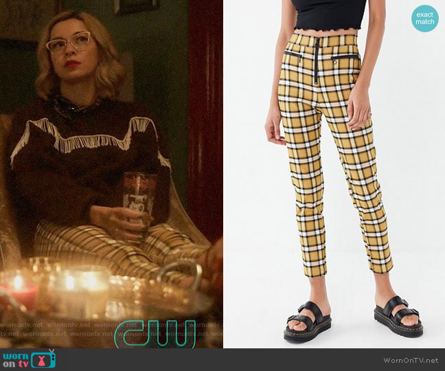 UO Susie High-Waisted Zip-Front Pants worn by Pepper Smith (Julia Chan) on Katy Keene