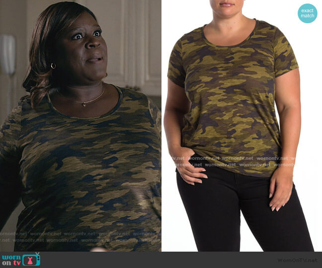Scoop Neck Camo T-Shirt by Vince Camuto worn by Ruby Hill (Retta) on Good Girls