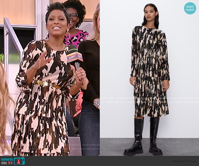 Printed Pleated Dress by Zara worn by Tamron Hall  on Tamron Hall Show