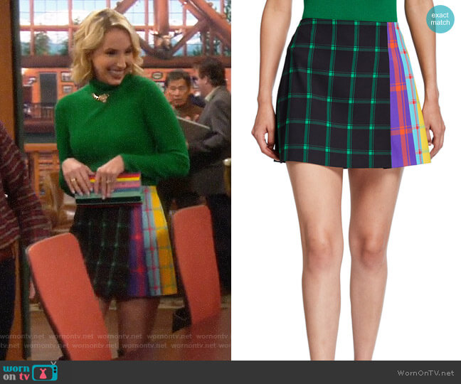 Alice + Olivia Semira Skirt worn by Mandy Baxter (Molly McCook) on Last Man Standing