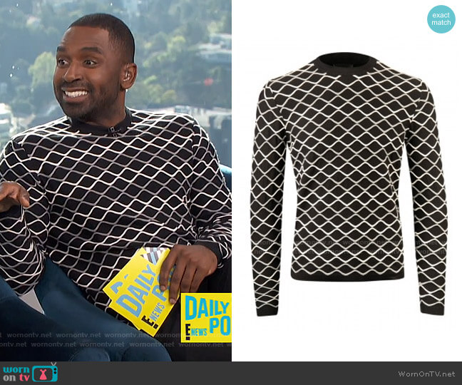 Trui Sweater by Armani worn by Justin Sylvester  on E! News