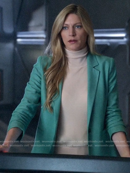 Ava's green blazer on Legends of Tomorrow